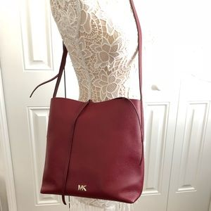 Michael Kors Mulberry Lg Pebbled Leather Junie Bag